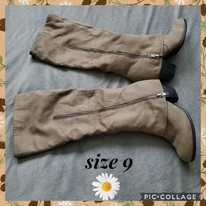 Fioni boots size 9